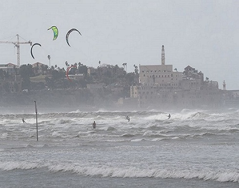 سلطات الاحتلال تغلق ميناء يافا بعد اكتشاف صاروخ في المياه