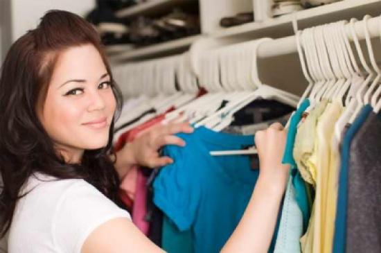 نصائح لاختيار ألوان الملابس الأنسب للون بشرتك