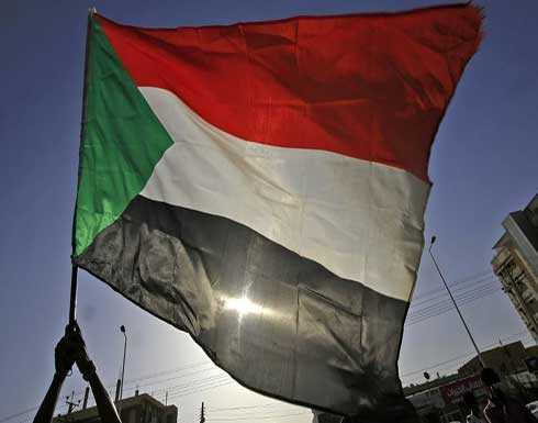 إعلام سوداني: مجلس الوزراء يطلب من المخابرات منع قيادات نافذة في الحكومة من السفر