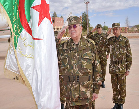 الجيش الجزائري يتمسك بتاريخ الرئاسيات ويشيد بموقفه من الحراك