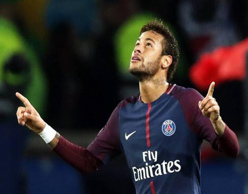 نيمار ينال جائزة أفضل لاعب في فرنسا ويتكتم على مستقبله