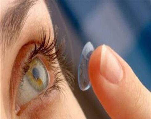 علماء يطورون عدسات لاصقة لعلاج قرنية العين