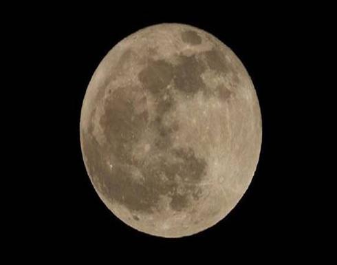 تحديد تاريخ نهاية تكوين القمر