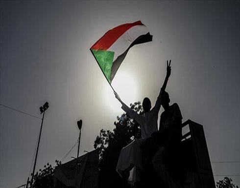 """""""المهنيين السودانيين"""": """"العسكري"""" يعمل على تقويض مكتسبات الثورة"""