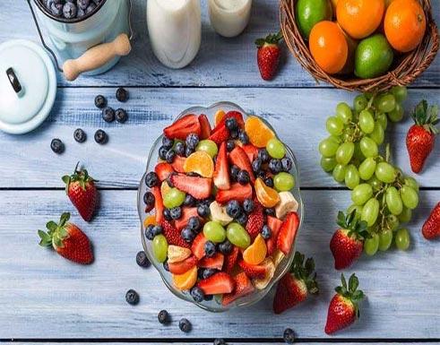 تناولوا هذه الفواكه الـ 10.. يومياً!