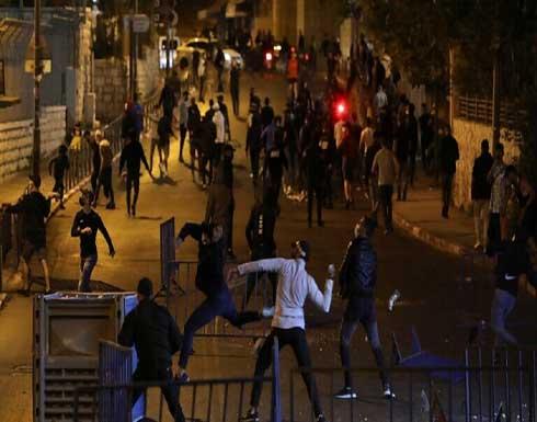 شاهد : ازالة الحواجز من ساحة باب العامود واحتشاد الآلاف في الأقصى