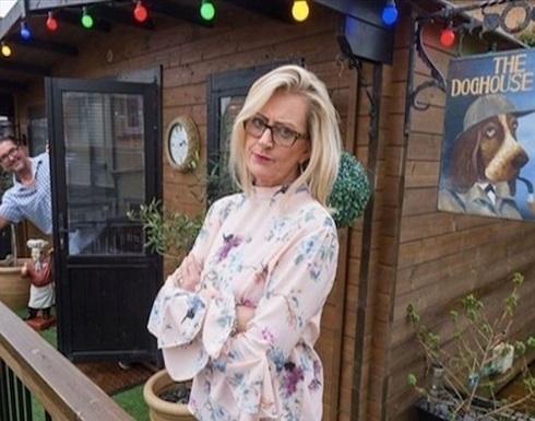 بريطانية تبني مقهى في منزلها لتبقي زوجها إلى جانبها