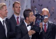 رونالدو ولقب جائزة أفضل لاعب