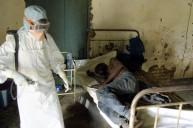 شاب مصاب بفيروس الأيبولا