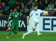 من مباراة السعودية و أوزباكستان