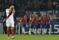 فرحة لاعبي تشيلي