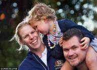 سارا تايت وعائلتها