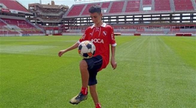 اللاعب الأرجنتيني لوكاس باتانيلي