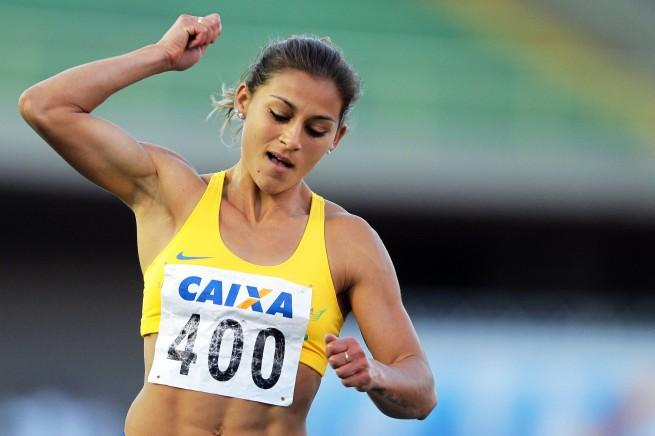 آنا كلاوديا ليموس